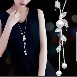 New pearl crystal leaves flower Pendant necklace